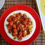 Tomates cherry asados con salsa de yogur: receta fácil y saludable de Yotam Ottolenghi