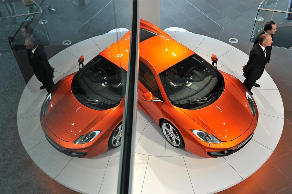 Foto de McLaren MP4-12C (6/123)
