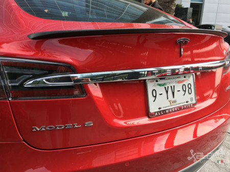 Tesla Model S Mexico 8