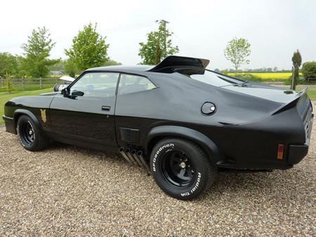 Si te hacía ilusión conducir el Ford Falcon Interceptor de Mad Max...