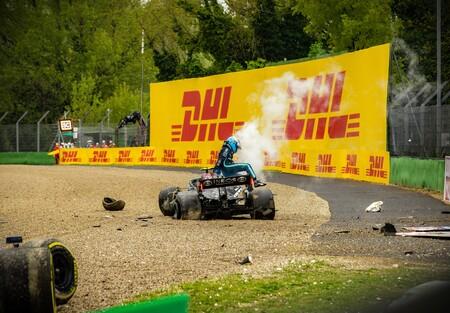 A Mercedes le costará más de un millón de euros reparar el coche de Valtteri Bottas tras su accidente en Imola