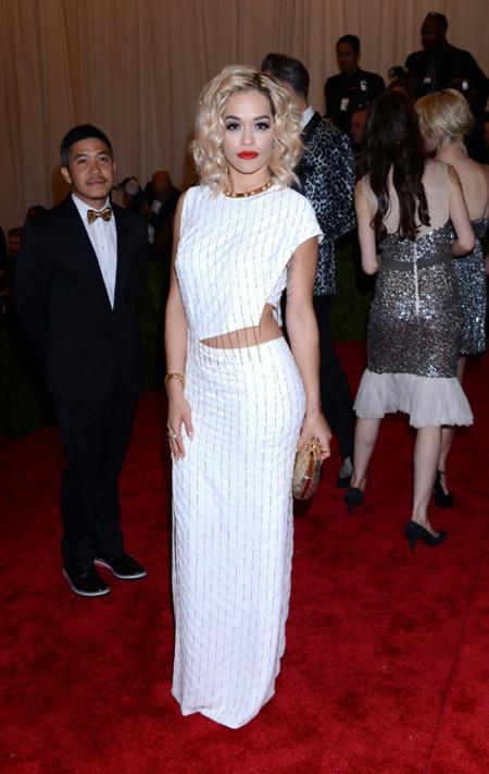 Rita Ora met 2013