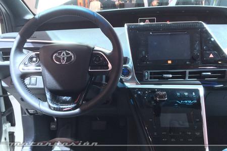 Toyota Mirai: Así es por dentro