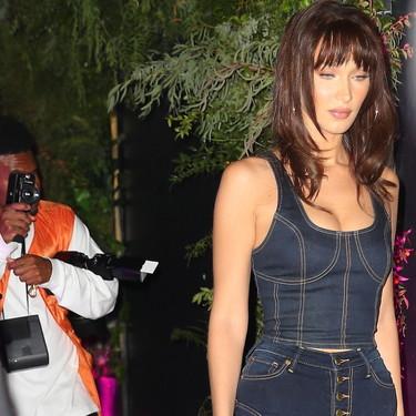 Bella Hadid o cómo lograr un look pin-up con prendas denim