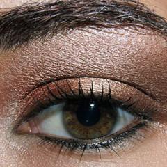 Foto 2 de 5 de la galería look-de-fiesta-ojos-marrones en Trendencias