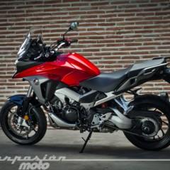 Foto 2 de 56 de la galería honda-vfr800x-crossrunner-detalles en Motorpasion Moto