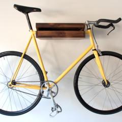 Foto 5 de 5 de la galería una-estanteria-donde-colgar-la-bicicleta en Decoesfera