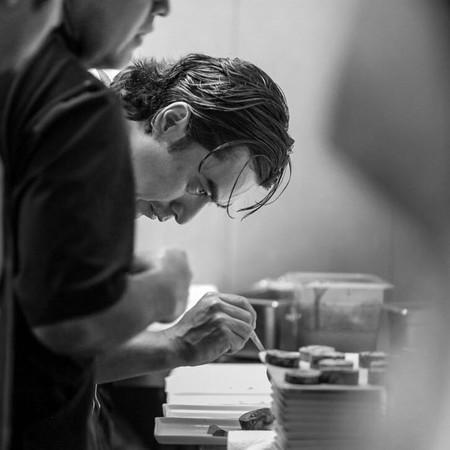 Tzuco: el esperado retorno del chef Carlos Gaytán a la cocina en Chicago