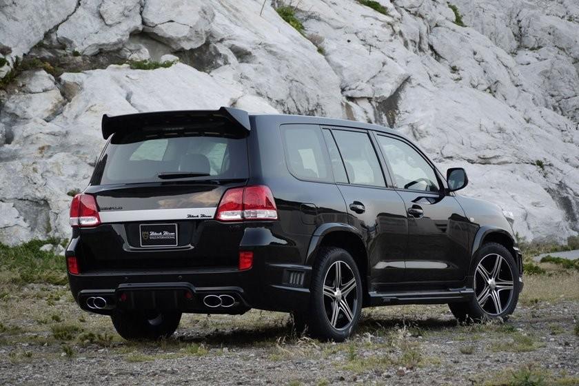 Foto de Toyota Land Cruiser Black Bison (7/23)