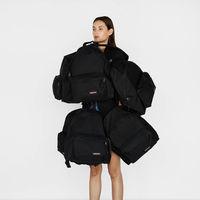 Hasta 45% de descuento en mochilas, bandoleras y maletas Eastpak disponible en Amazon