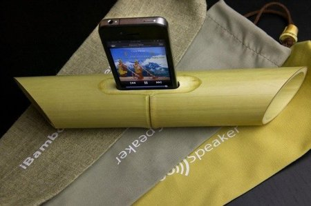 Unos altavoces de bambú naturales y ecológicos para iPhone y iPod