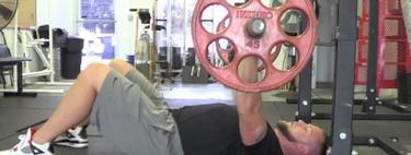 Mejora tu fuerza de torso con el floor press