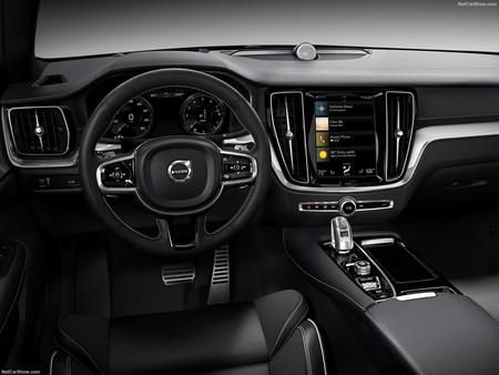 Volvo S60 2019 1600 46