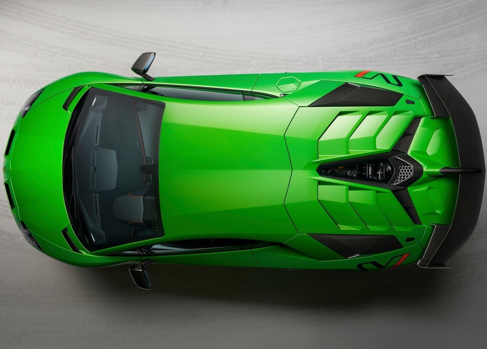 Foto de Lamborghini Aventador SVJ (16/23)