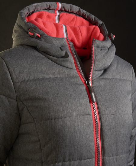 En eBay tenemos la chaqueta de mujer Tall Sport Puffe de Superdry por 44,95 euros y envío gratis
