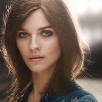 Maquillaje en tonos marrones: mimetízate con el otoño