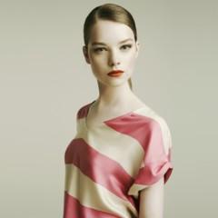 Foto 3 de 16 de la galería zara-lookbook-de-abril-para-la-primavera-2011-sigamos-con-mas-color en Trendencias