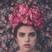 Tocado Flores Rita Von