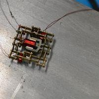 Solo cinco son las piezas que componen este micro-robot