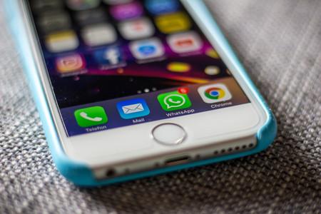 WhatsApp dejará de dar soporte a algunas versiones de iOS en febrero: estos serán los nuevos requisitos para usarlo en iPhone