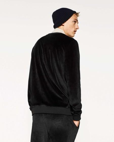 Elegancia sport: Zara y sus prendas deportivas con textura deluxe para el invierno