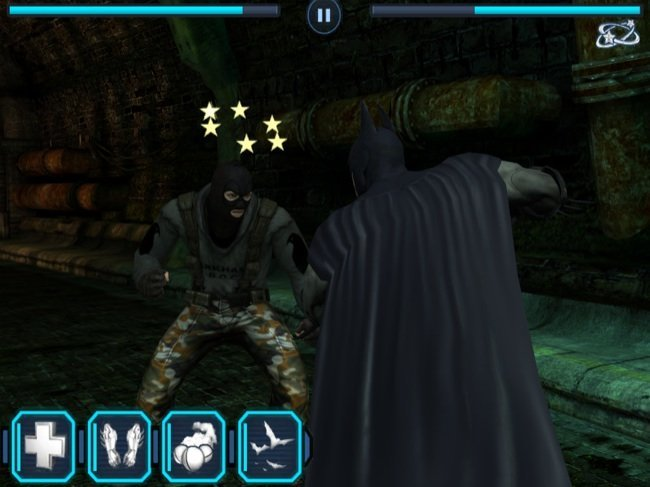 Enemigo viendo las estrellas en Batman Arkham City Lockdown