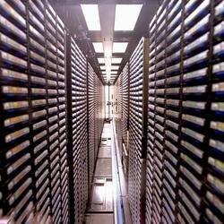 Cintas para grabar hasta 8 TB de datos