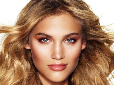 Cómo conseguir un bronceado natural todo el año con productos de belleza