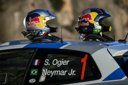 Neymar Jr. copilotando a Sébastien Ogier