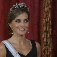 Doña Letizia y su look de gala: Lorenzo Caprile vuelve a entrar en su vestidor