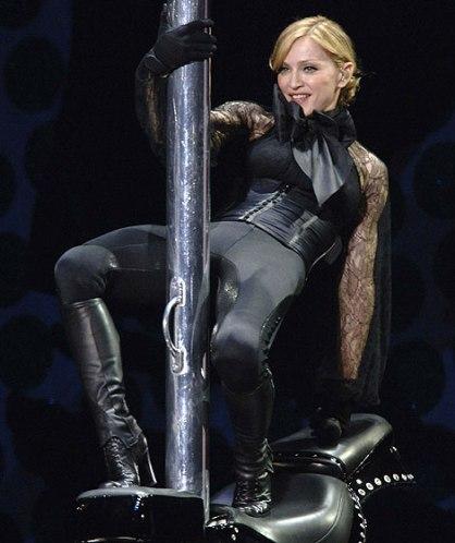 Los rusos quitan las nubes para el concierto de Madonna