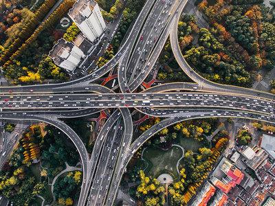 La infraestructura: el secreto de China para dominar el mundo a través de la energía sostenible