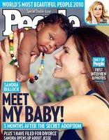 Notición: Sandra Bullock ha adoptado un niño... ¡y no nos lo había dicho!