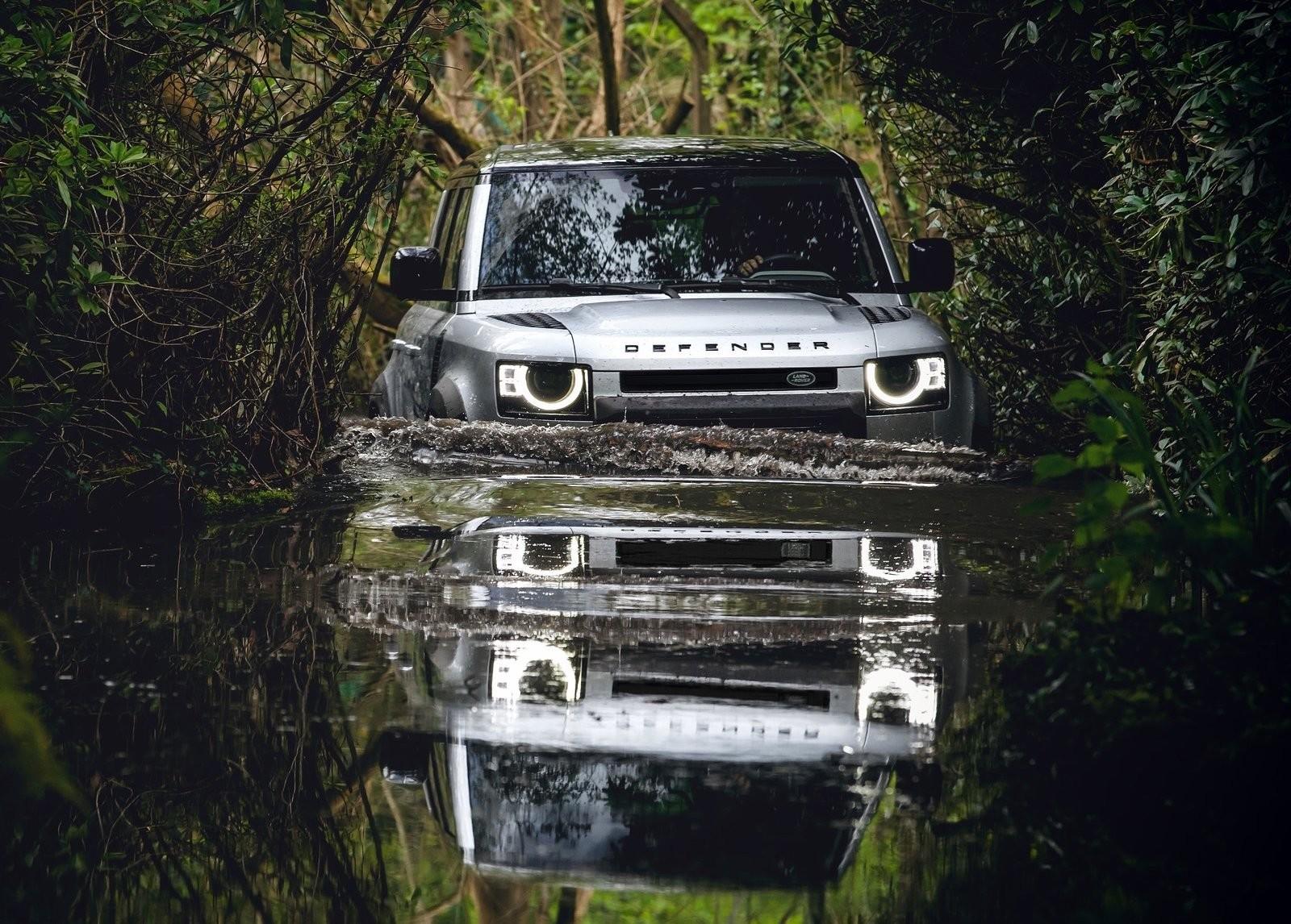 Foto de Land Rover Defender 2020 (49/60)