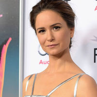 'The Current War', Katherine Waterston se une al reparto con Benedict Cumberbatch y Michael Shannon