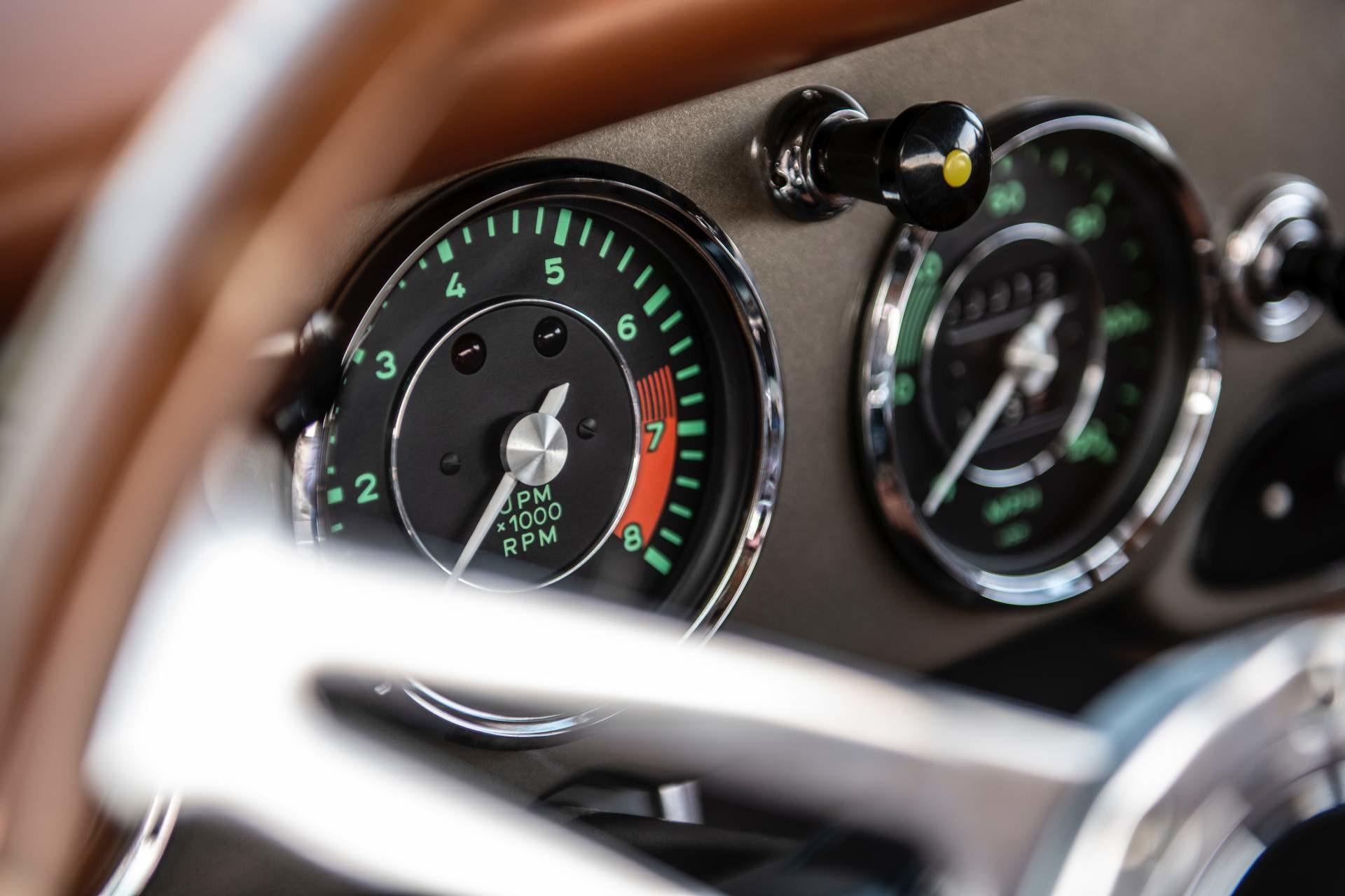Foto de Emory Motorsports Porsche 356 restomod (37/46)