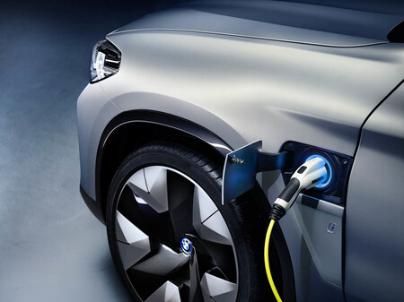 Bmw X3 Electrico Cargando