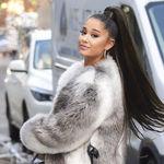 Ariana Grande muestra su pelo corto y rizado real en Instagram y ahora todos queremos que se lo deje al natural