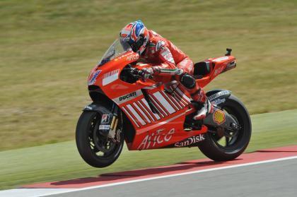 Nueva lección de Stoner en MotoGP