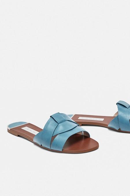 sandalia piel zara