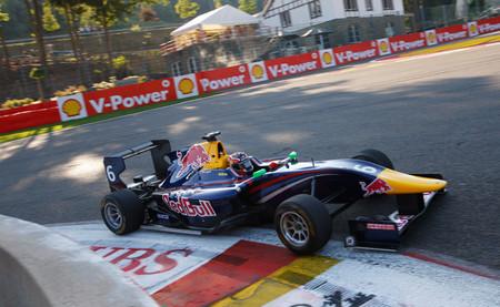 Daniil Kvyat y Alexander Sims, nuevos ganadores de la GP3