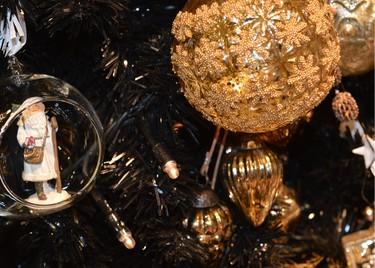 Tres árboles de Navidad sofisticados y con mucho estilo