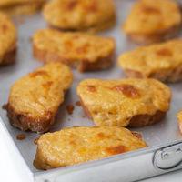 Tostadas galesas, la receta más fácil y deliciosa del chef británico Gordon Ramsay para un aperitivo original