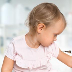 ¿Qué debes tener en cuenta antes de vacunar a tus hijos?: contraindicaciones de las vacunas