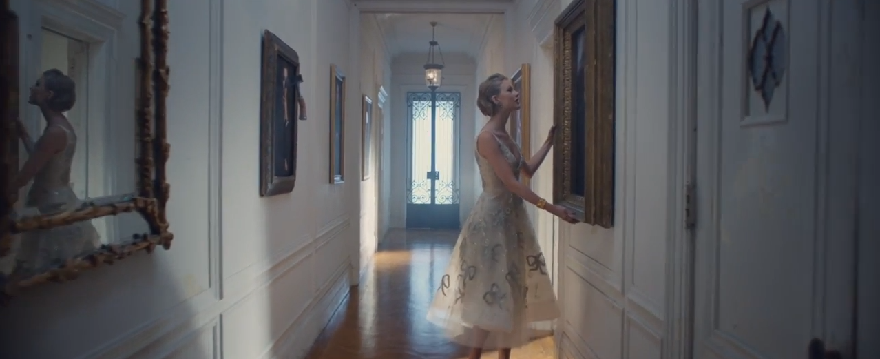 Foto de Los looks de Taylor Swift en Blank Space (10/18)