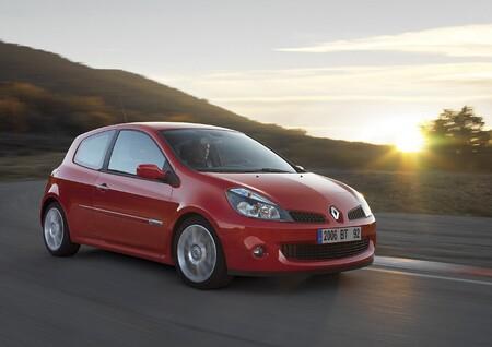Renault Clio Sport 2006 1280 01