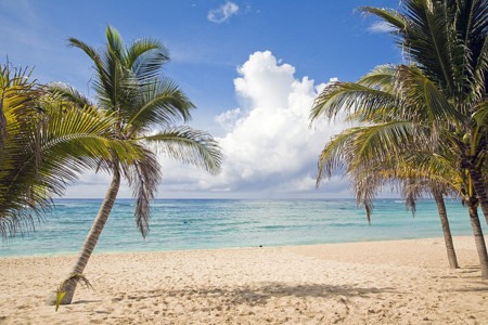 Consejos para protegerte de los rayos del sol en estas vacaciones