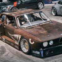 Este BMW 535i llamado Rusty Slammington nos demuestra que el óxido también puede ser bello