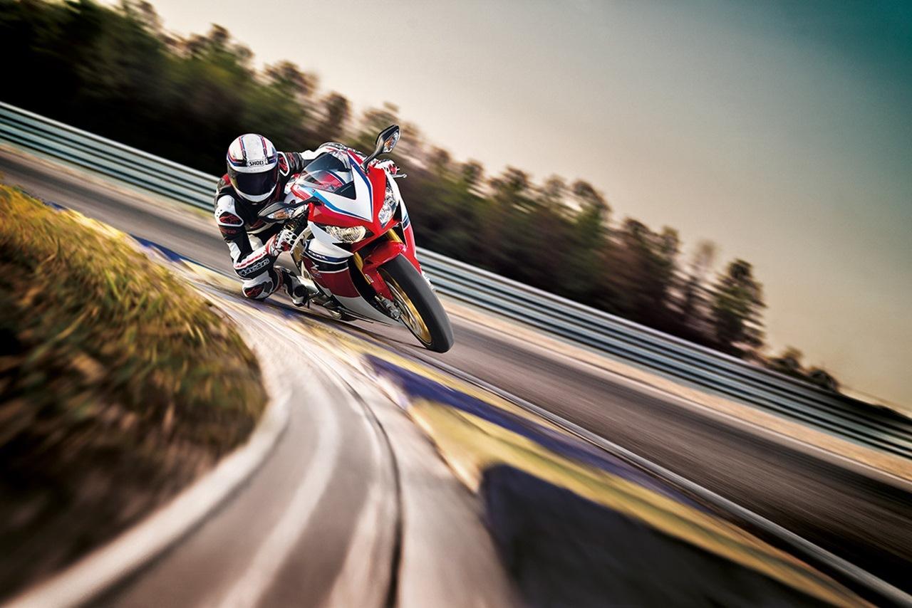 Foto de Honda CBR1000RR SP (1/10)