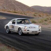A subasta un raro Porsche 911 R en Monterrey. Objetivo: ser el 911 más caro de la historia